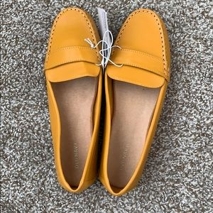 Old Navy Mustard Yellow Flats/Loafers